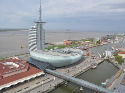 Blick von den Ferienwohnungen Bremerhaven auf das Klimahaus